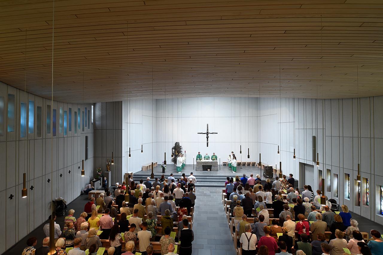 katholische kirche stuttgart stammheim